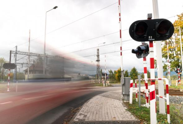 Znacznie wzrosła liczba incydentów na przejazdach kolejowych
