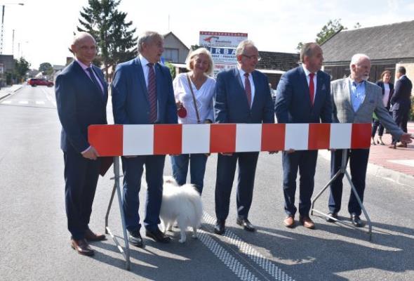 Powiat leszczyński. Przebudowana droga nr 305 otwarta