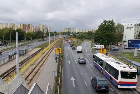 Bydgoszcz. Postępuje rozbiórka wiaduktu na ulicy Wojska Polskiego