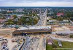 Jedną jezdnią w pobliżu budowy węzła S17 Warszawa Wschód (Zakręt)