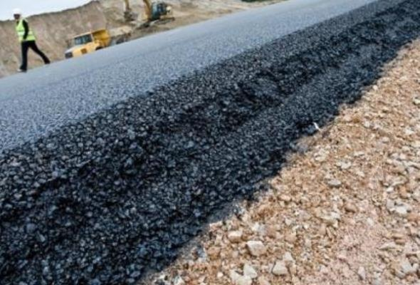 Rynasiewicz: Do 2020 roku 27% dróg będzie budowanych w betonie