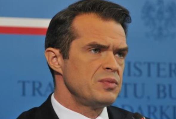 Nowak: Polska potrzebuje 11-12 lotnisk