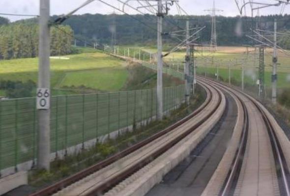 Linia kolei dużych prędkości zniszczy Wojnowice?