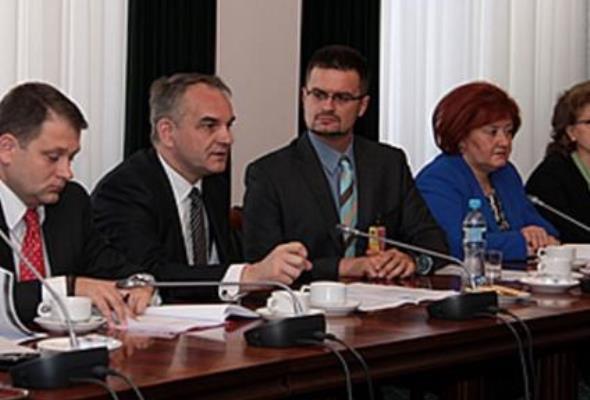 Pawlak: trzy priorytety podczas polskiej Prezydencji