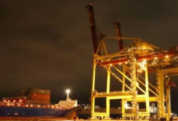 Terminal kontenerowy w Ust-Łudze ruszył