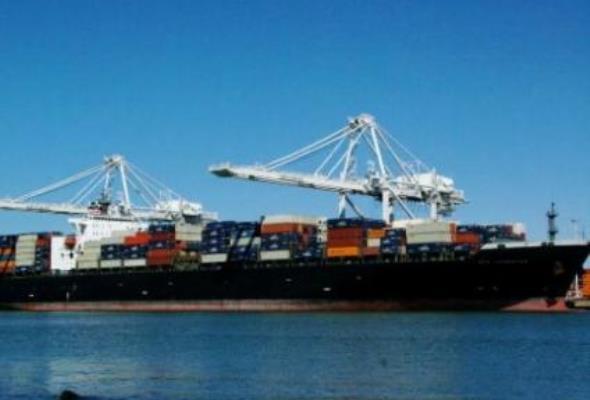 Statki wożą złom z Polski do Chin