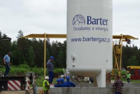 Barter uruchamia pierwszą stację LNG