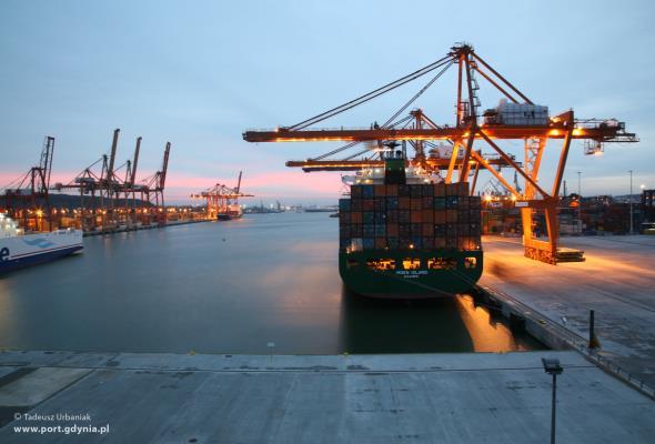 Sankcje: Dla portów to tragedia  czy impuls do rozwoju?