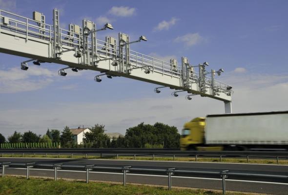Elektroniczny pobór opłat na drogach UE