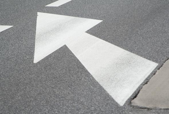 Szmit: Wkrótce wnioski z prac nad optymalizacją budowy dróg