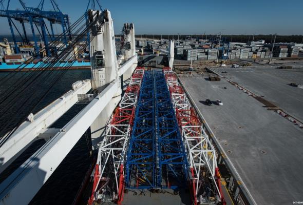 """""""Solidarność"""" wycofuje się z zakazu pracy w terminalach kontenerowych w niedzielę"""