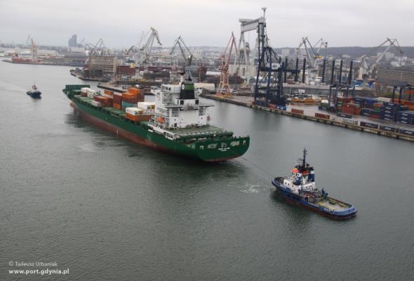 Port Gdynia: 19,5 mln ton przeładowanych towarów w 2016 roku