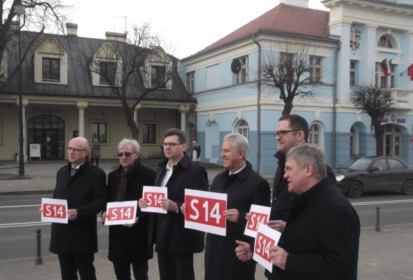 Łódzkie walczy o S14. Na razie – petycją