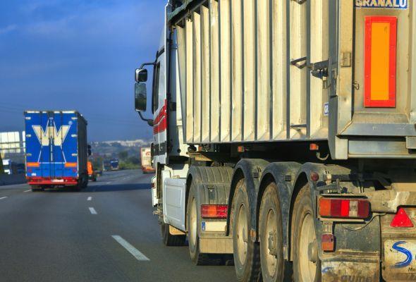 Rząd doprecyzowuje monitoring drogowego transportu towarów