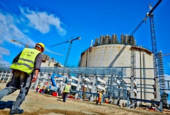 """Terminal LNG: Podpisano aneks gwarantujący """"zakończenie inwestycji w bezpiecznym terminie"""""""