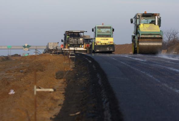Unibep z umowami na inwestycje drogowe na Podlasiu
