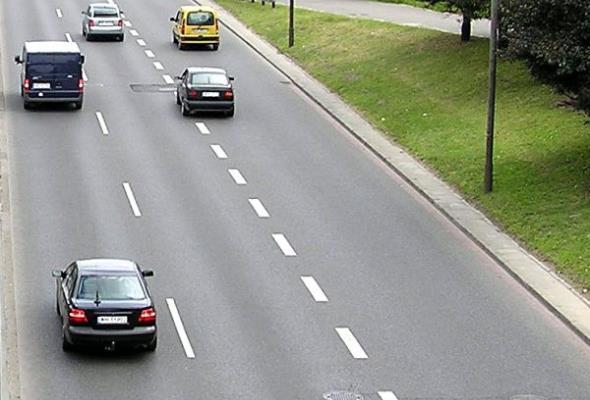 Grabarczyk: Autostrady są bezpieczne. Raport NIK wprowadza w błąd