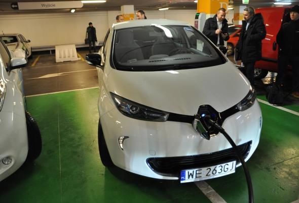 Minister energii: Energetyka w nocy to auta elektryczne