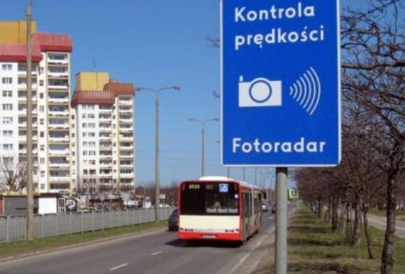 PKD: Fotoradary to kwestia bezpieczeństwa a nie polityki