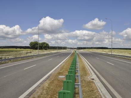 S3 idzie w kierunku granicy z Czechami. Są umowy budowlane