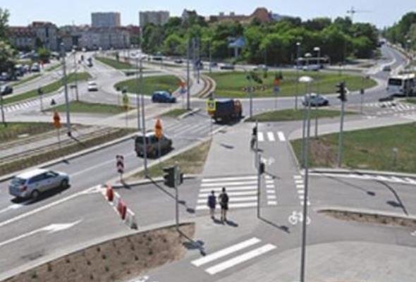 Toruń: Otwarto plac Hoffmana