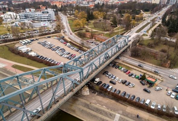 Trzy oferty na remont mostu Piłsudskiego w Toruniu