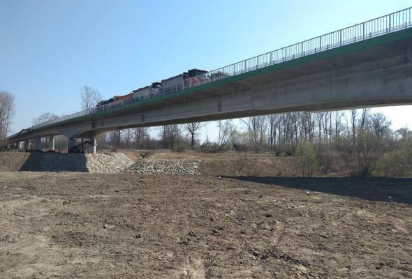 Most w Mielcu po próbach obciążeniowych. Finał blisko