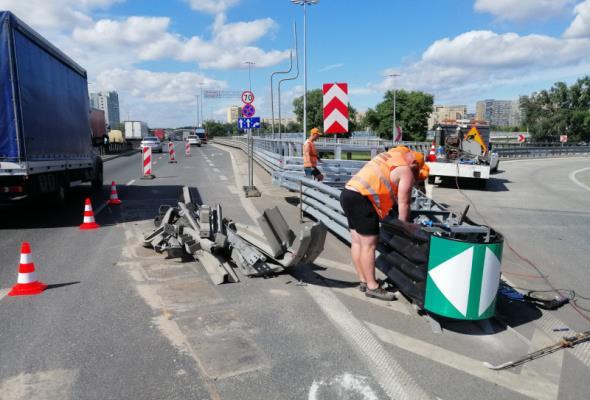 Warszawa. Odcinkowy pomiar prędkości na S8?