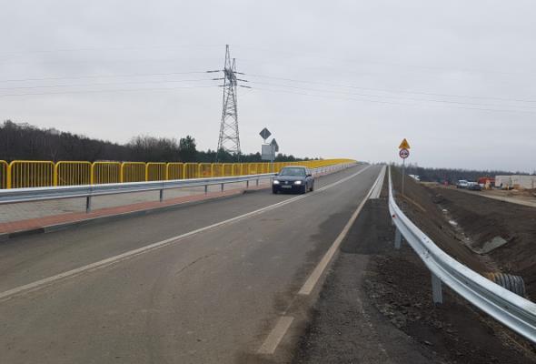 Łatwiej przejechać nad A1. Trzy kolejne wiadukty otwarte