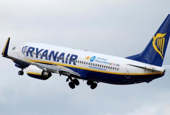 Ryanair połączy znów w maju Szczecin z Krakowem