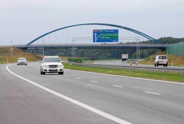 Są oferty na fragment A2 między Warszawą a Mińskiem Mazowieckim