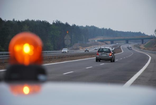 Autostrada Wielkopolska: Infrastruktura drogowa dla bezpieczeństwa dzieci