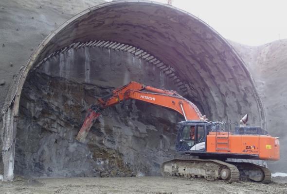 Rusza drążenie tunelu na Zakopiance. Adamczyk: To historyczny dzień