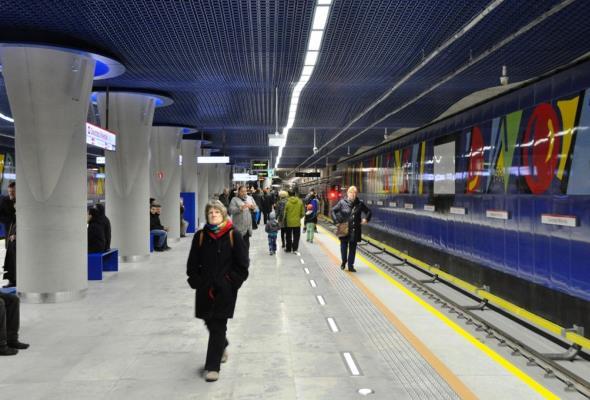 Metro: Dworzec Wileński z pozwoleniem na użytkowanie