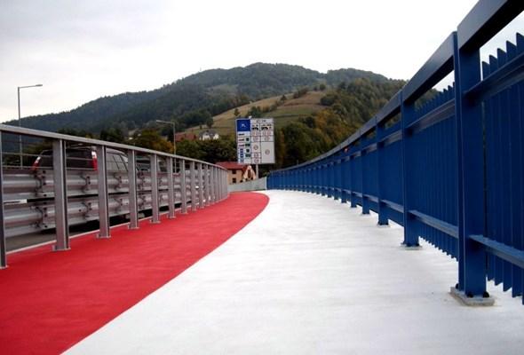 Małopolskie: Polskę i Słowację połączył nowy most na DK-87