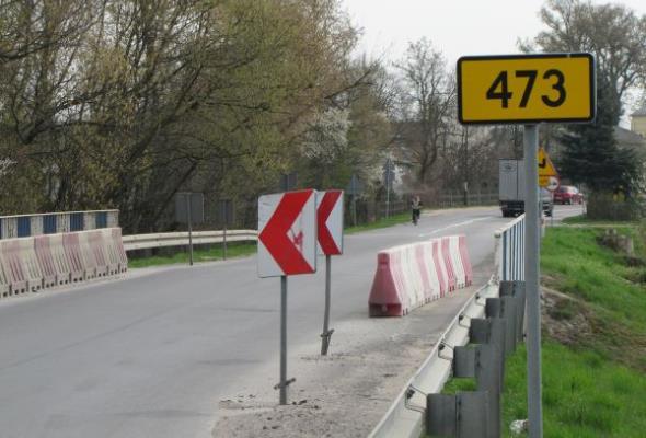 Z Uniejowa do węzła Dąbie na A2 objazdem