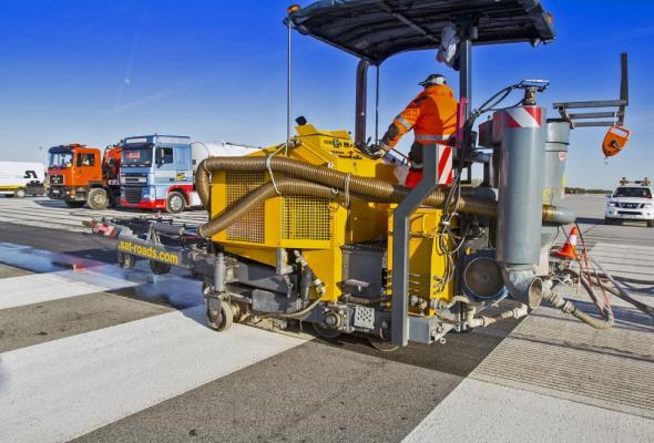 Lotnisko Chopina: Zakończono modernizację drogi startowej