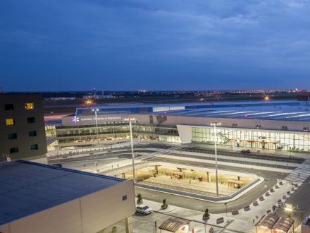 Lotnisko Chopina: Możliwości dalszego wzrostu są utrudnione