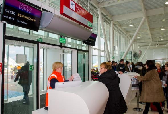 Lubelskie lotnisko ze spadkiem liczby pasażerów w lutym