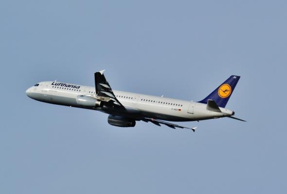 Spadł popyt na loty do krajów europejskich. Linie lotnicze oferują nowe, egzotyczne kierunki