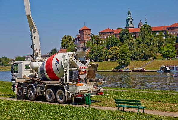 Grunton firmy CEMEX pod Wawelem