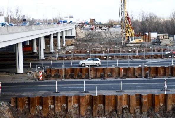 Warszawa: Metrostav kontynuuje przebudowę mostu Grota. Czas na południową nitkę