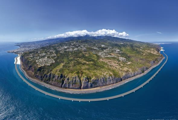Kilometr za ponad 0,5 mld zł. Taką drogę budują francuzi na wyspie Reunion