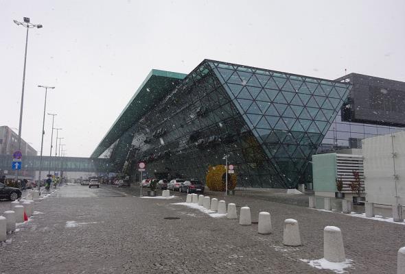 Polskie lotniska nie zwrócą milionów złotych z podatku od nieruchomości