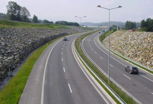 Brakuje prawie 90 mln zł na S7 na północ od Krakowa