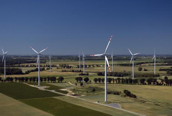 Siemens: Inwestorzy wiatrowi chcą zdążyć przed styczniem 2016 roku