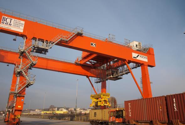 Gdynia: BCT zwiększa możliwości przeładunkowe