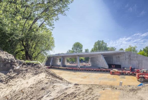 Trasa Świętokrzyska w Warszawie: Konstrukcja tunelu będzie umieszczana w nasypie