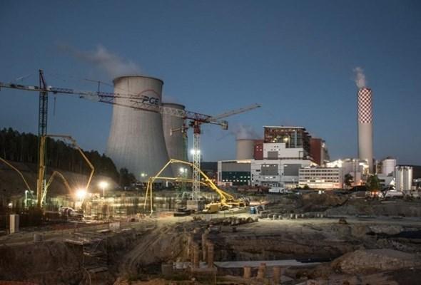 PGE publikuje wyniki za 2016. Budowa elektrowni zgodna z harmonogramem