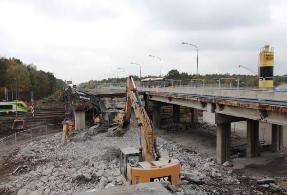 Warszawa: Ruszyła rozbiórka wiaduktu w ul. Żołnierskiej